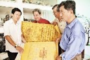Từ sắc phong triều Nguyễn đến trang báo Nhân Dân