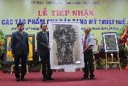 Lễ tiếp nhận 47 tác phẩm trao tặng cho Bảo tàng Mỹ thuật Huế