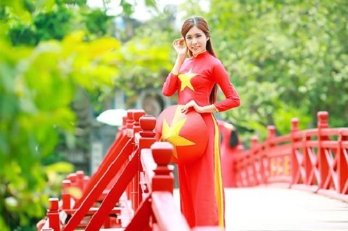"""Phát động cuộc thi ảnh Du lịch toàn quốc lần thứ 8 với chủ đề """"Tôi yêu Việt Nam"""""""