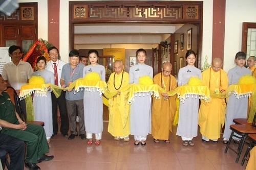 Khai mạc triển lãm Di sản tượng thờ Phật giáo trong tiếp biến văn hóa ở miền Trung