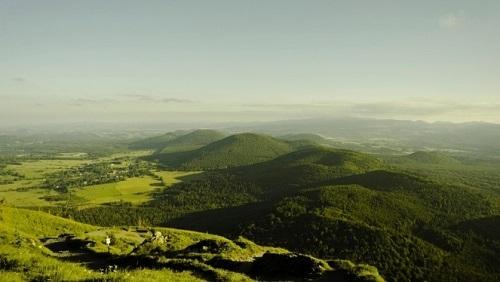 UNESCO công nhận núi lửa Pháp là di sản thiên nhiên mới