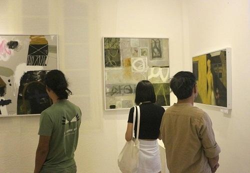 """Triển lãm mỹ thuật """"Ký ức quê nhà"""" của họa sĩ Nguyễn Trọng Khôi"""