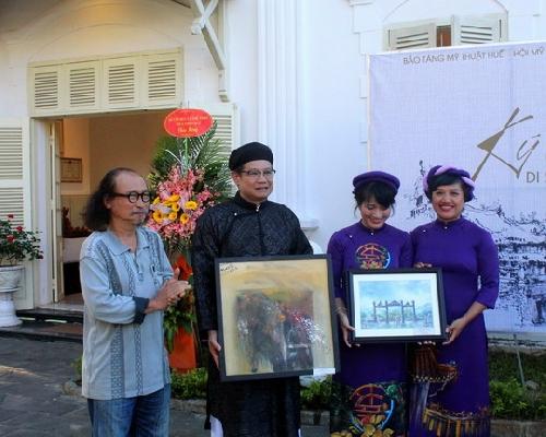 Triển lãm 150 tác phẩm ký họa di sản Huế