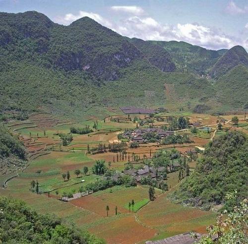 Làng và nhà ở xưa của người phía Tây Huế